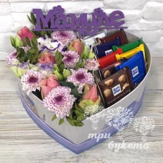 cvety-i-shokolad-v-korobke